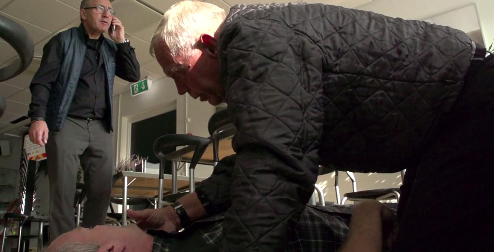Det er vigtigt at kunne træde til, når nogen har brug for hjælp. Det ved Ebbe alt om. Han fik hjertestop - og blev reddet.